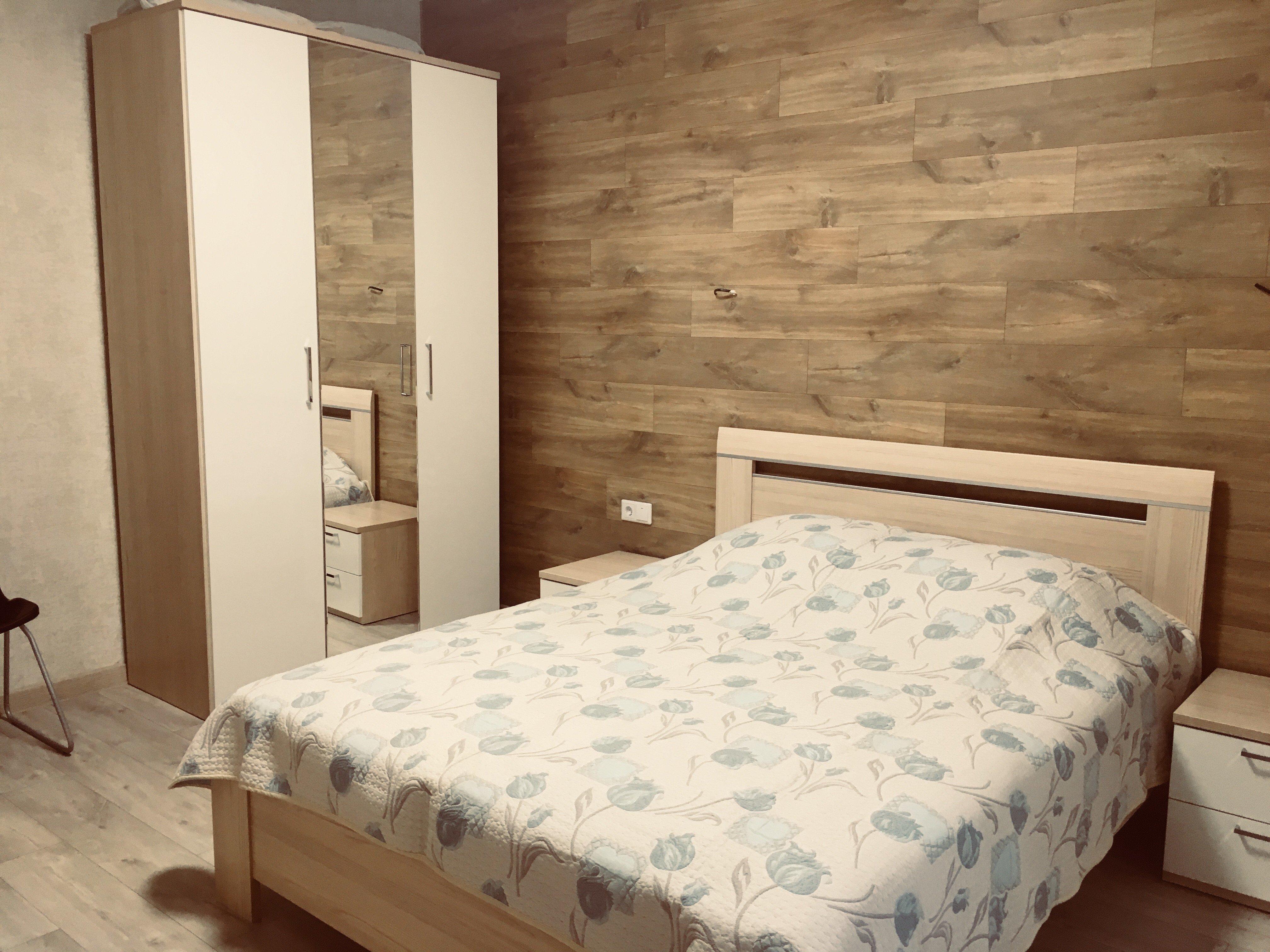 Апартаменты Ленина 73 спальня + студия