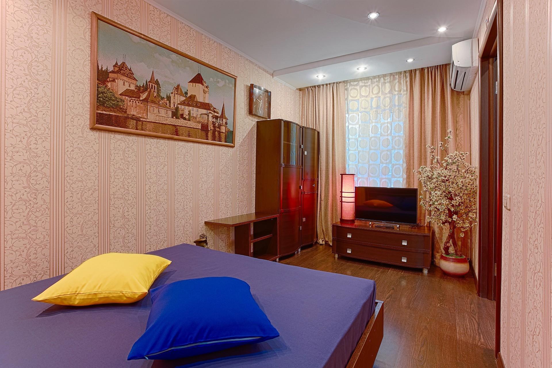 Апартаменты «9 ночей» 2к на Свердловском проспекте 71