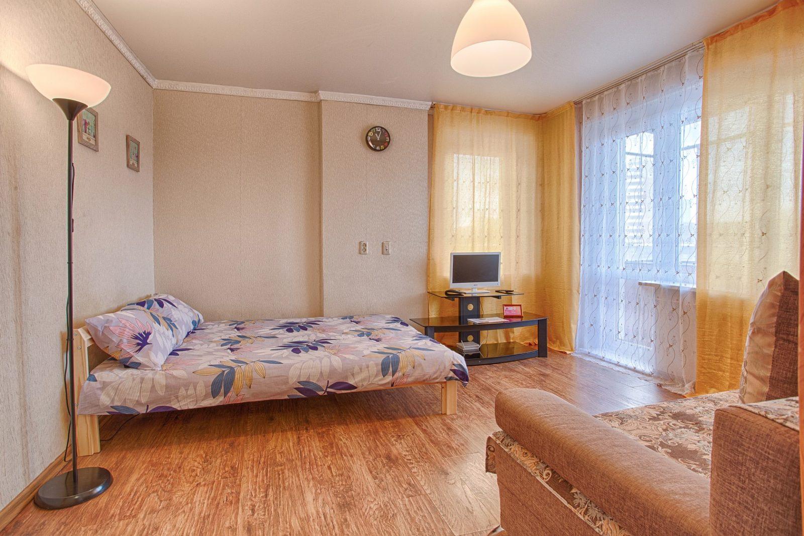 Апартаменты «9 ночей» 1к на Свердловском проспекте 86